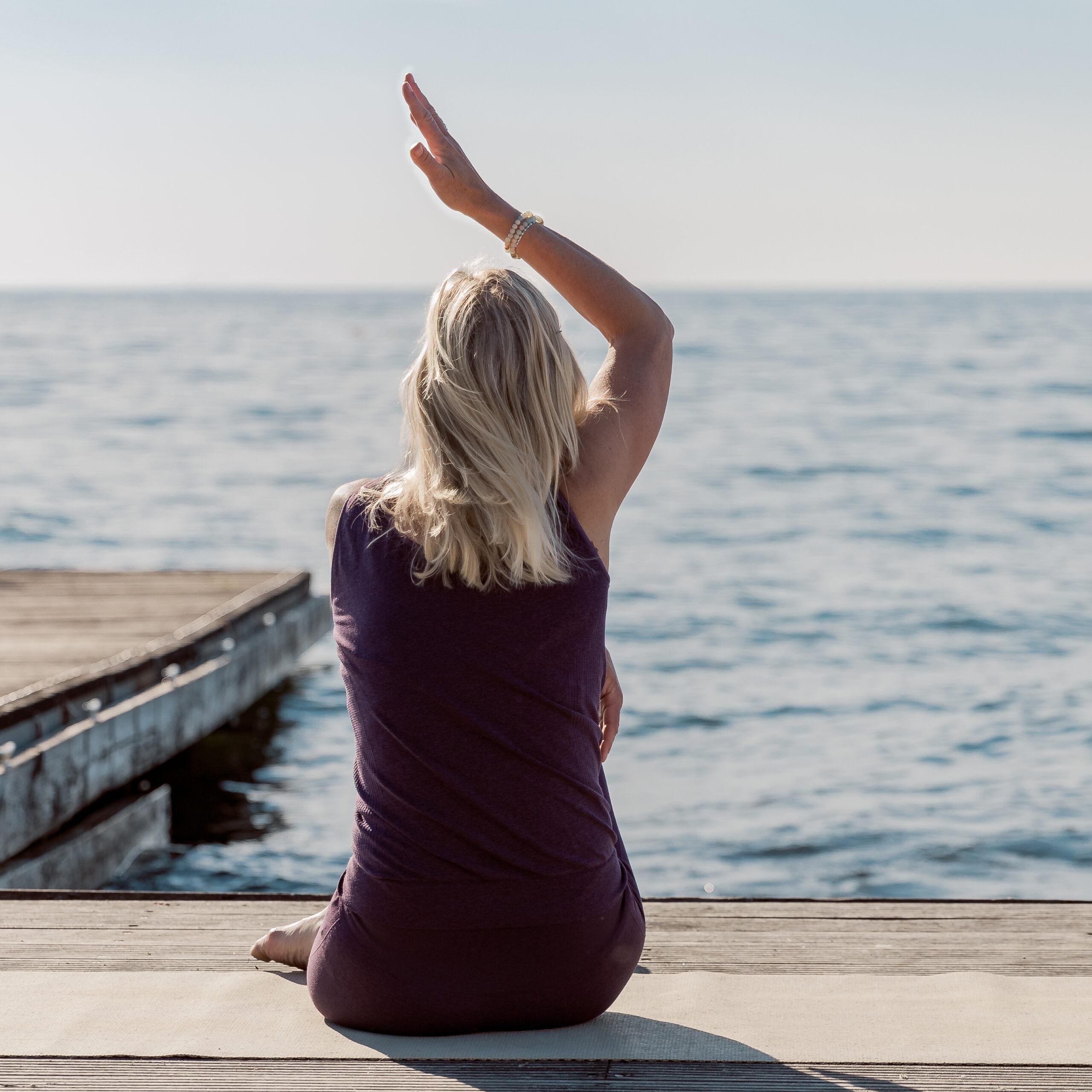 Chakra Yoga med Louise Juel Severin